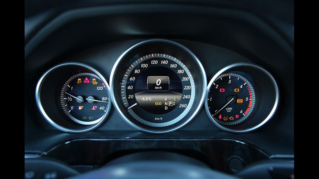 Mercedes E 250 CDI T 4matic, Rundinstrumente