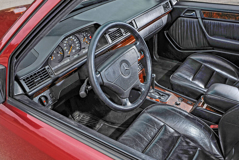Mercedes E 280 T S124 (1994)