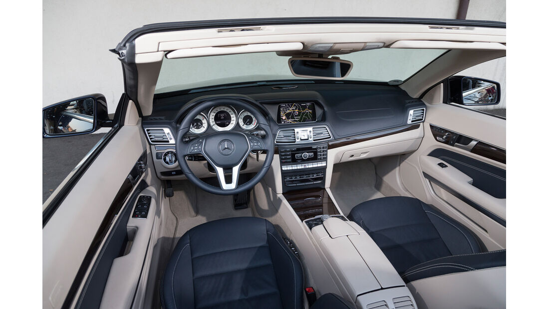 Mercedes E 300 Cabrio, Cockpit