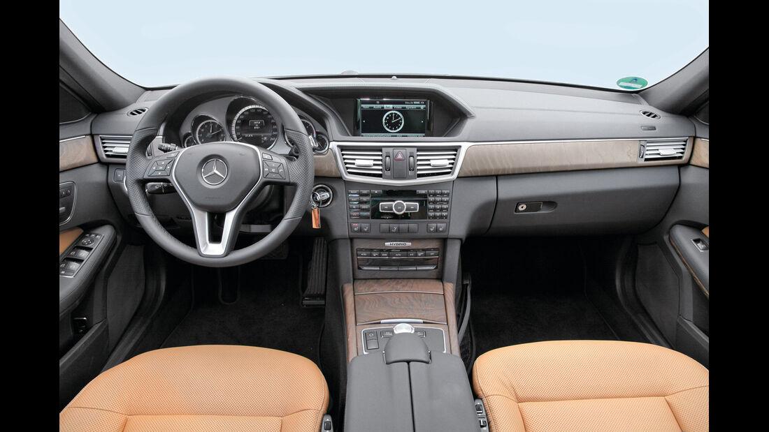 Mercedes E 300 T Bluetec Hybrid, Cockpit