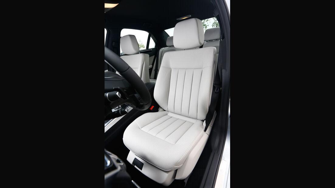 Mercedes E 350 Bluetec, Fahrersitz