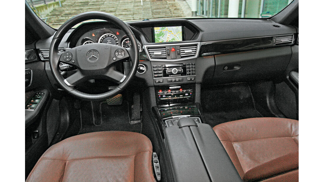 Mercedes E 350 Bluetec T-Modell, Cockpit