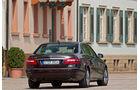 Mercedes E 350, Rückansicht, Stadt