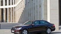 Mercedes E 350, Seitenansicht, Stadt, schräg
