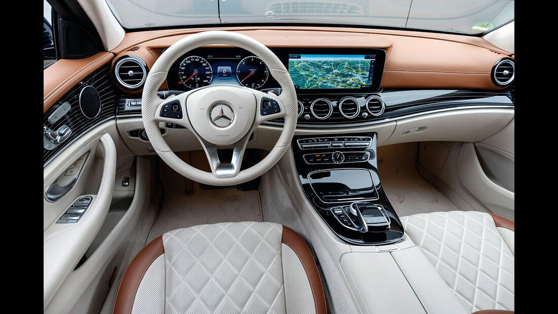 Mercedes E 350 d, Cockpit