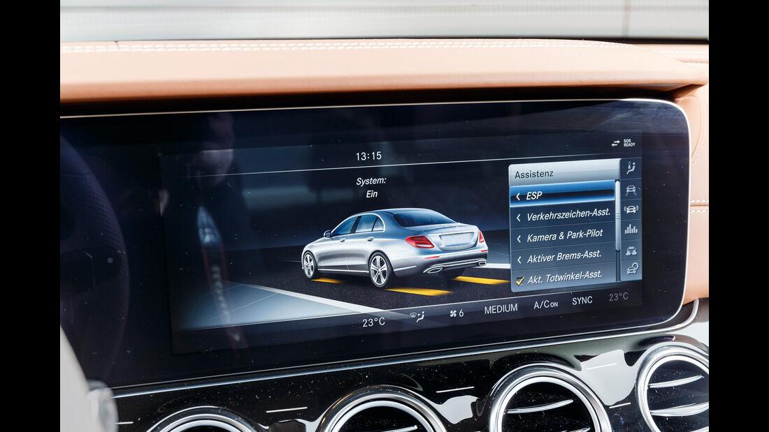 Mercedes E 350 d, Monitor, Infotainment