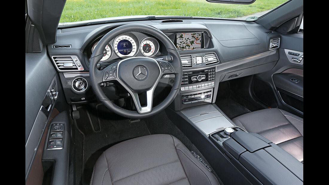 Mercedes E 400 Cabrio, Cockpit