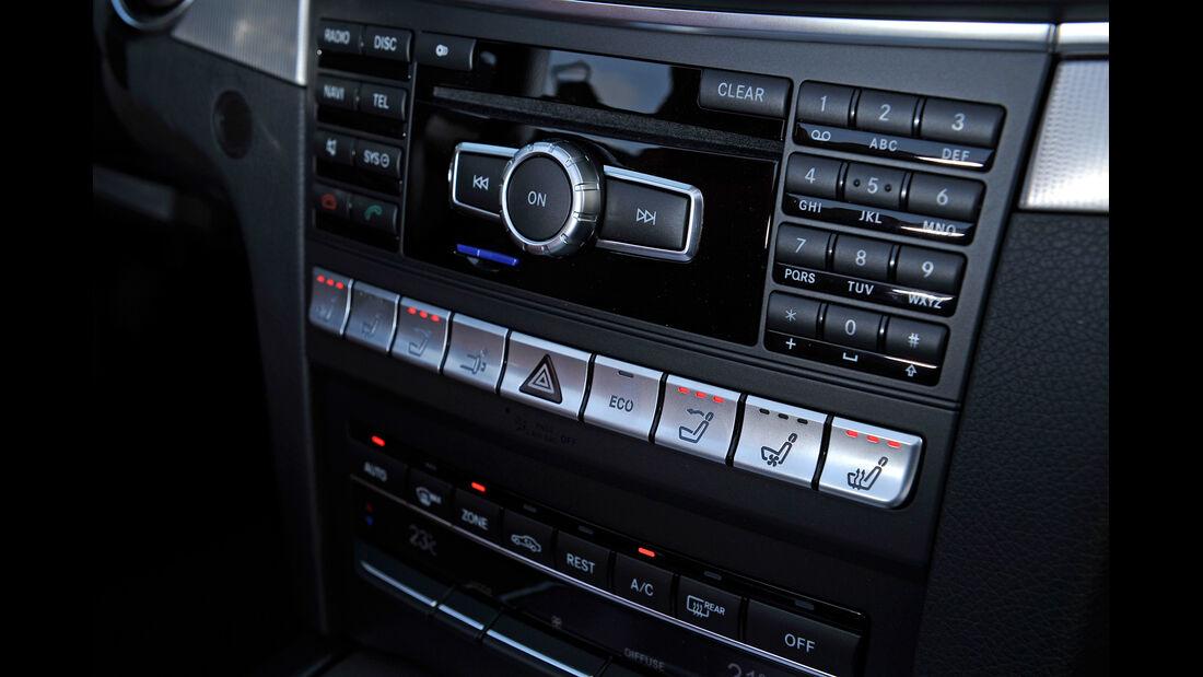 Mercedes E 400 Cabrio, Mittelkonsole