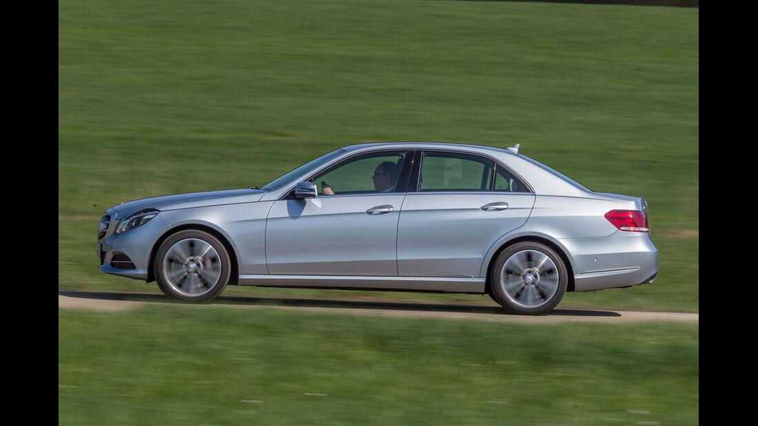 Mercedes E 400, Seitenansicht