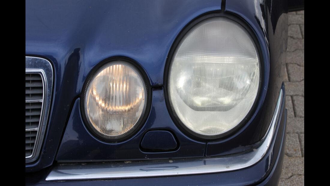 Mercedes E 420, Frontscheinwerfer