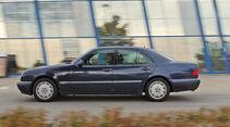 Mercedes E 420, Seitenansicht