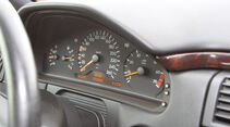 Mercedes E 420, Tacho