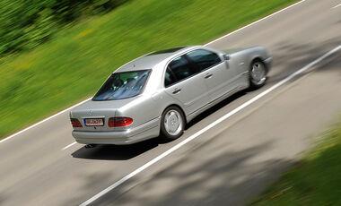 Mercedes E 50 AMG, Seitenansicht