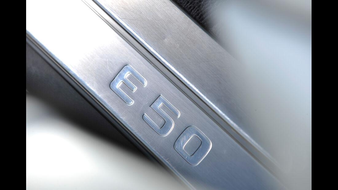 Mercedes E 50 AMG, Typenbezeichnung