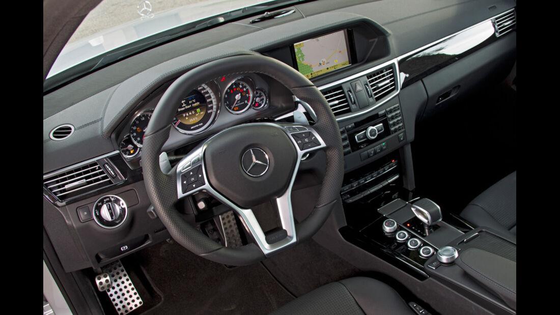 Mercedes E 63 AMG, Lenkrad, Cockpit