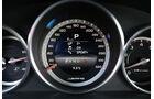 Mercedes E 63 AMG S, Rundinstrumente