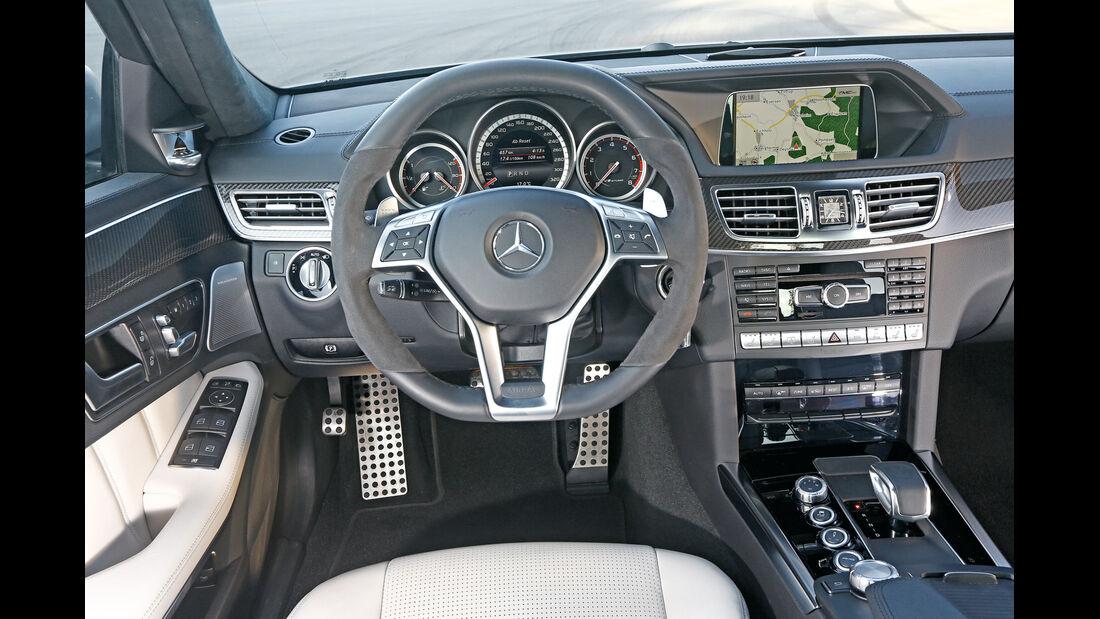 Mercedes E 63 S AMG, Cockit, Lenkrad