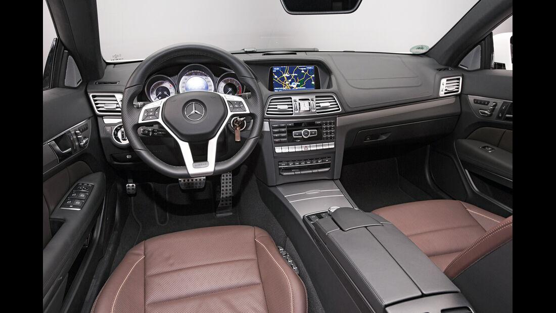 Mercedes E-Klasse Cabrio, Cockpit