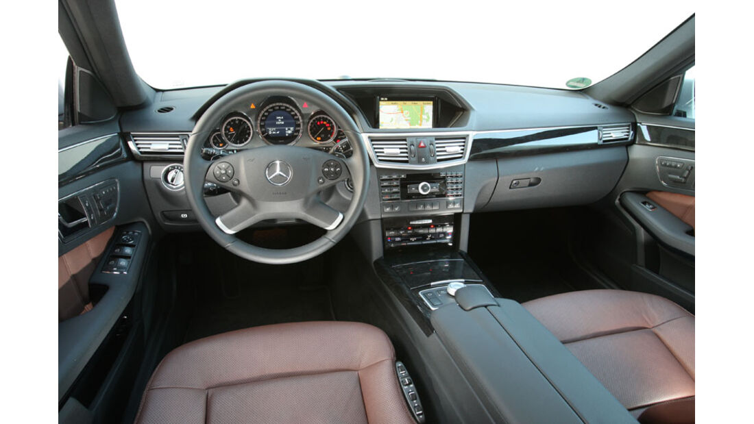 Mercedes E-Klasse, Cockpit, Innenraum