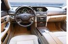 Mercedes E-Klasse, Cockpit