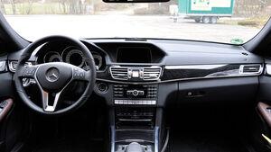 Mercedes E-Klasse, Innenraum, Cockpit