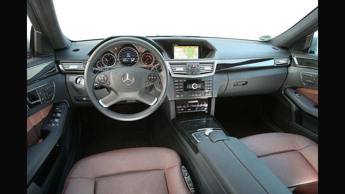 Mercedes E-Klasse, Innnenraum, Cockpit