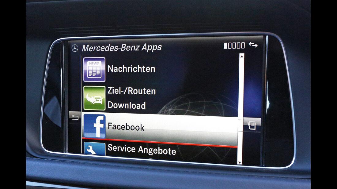 Mercedes E-Klasse, Navi, Monitor, Anzeige