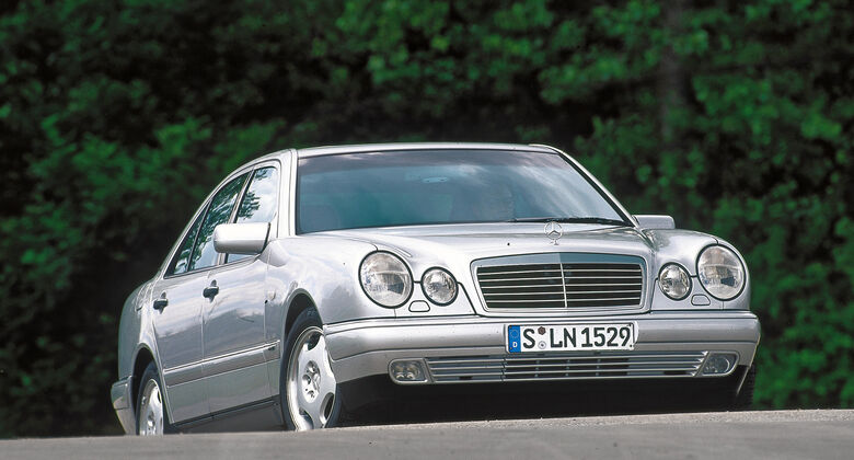 Mercedes E-Klasse (W210), Frontansicht