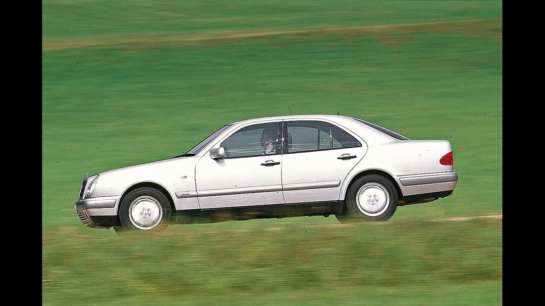 Mercedes E-Klasse (W210), Seitenansicht