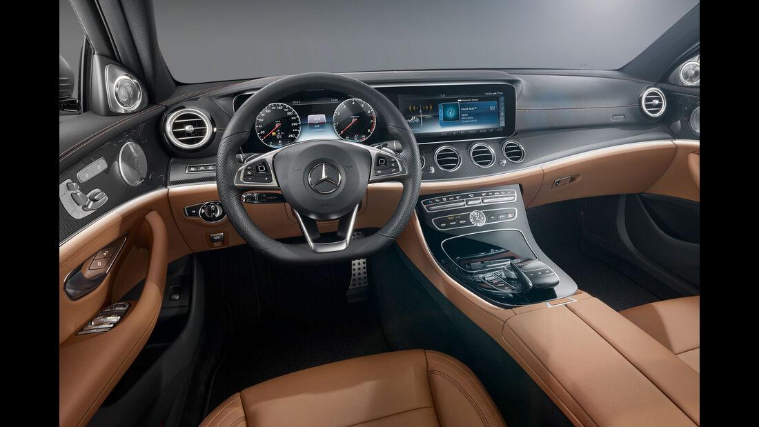 Mercedes E-Klasse (W213) - E 400 4 Matic - Benziner - Innenraum - Cockpit - Vorstellung