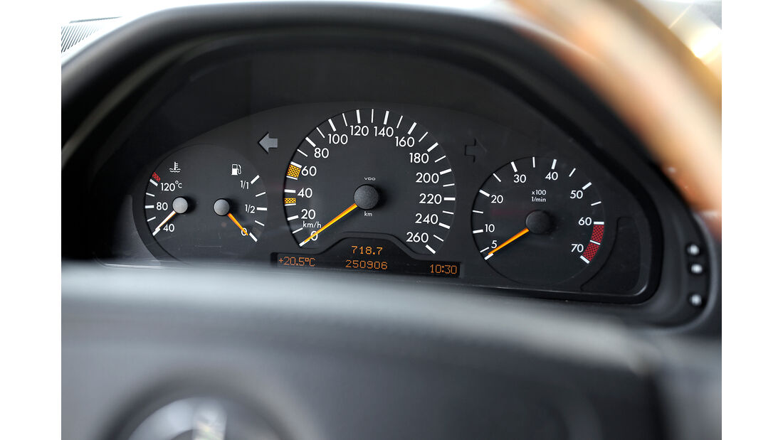 Mercedes E T-Modell