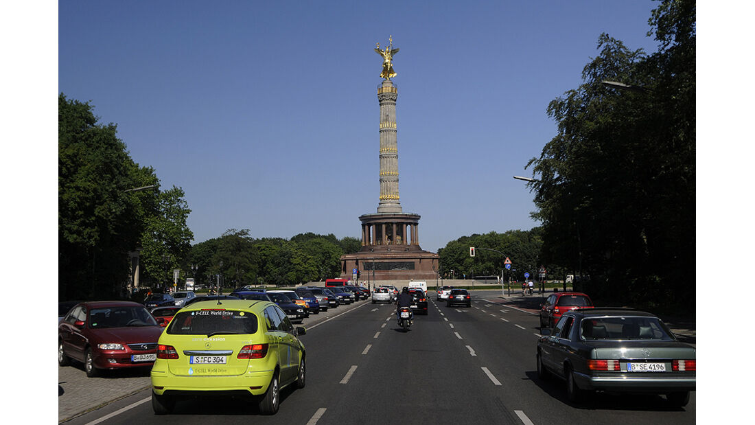 Mercedes F-Cell World Drive Tag 70, Siegessäule