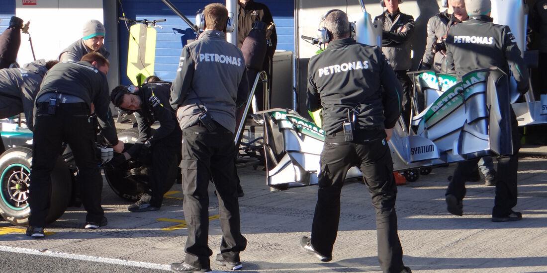 Mercedes F1 Test Jerez 2013 Highlights