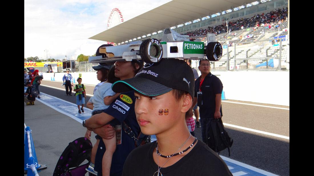 Mercedes-Fan - Formel 1 - GP Japan - Suzuka - 10. Oktober 2013