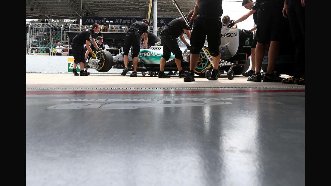 Mercedes - Formel 1 - GP Brasilien- 14. November 2015
