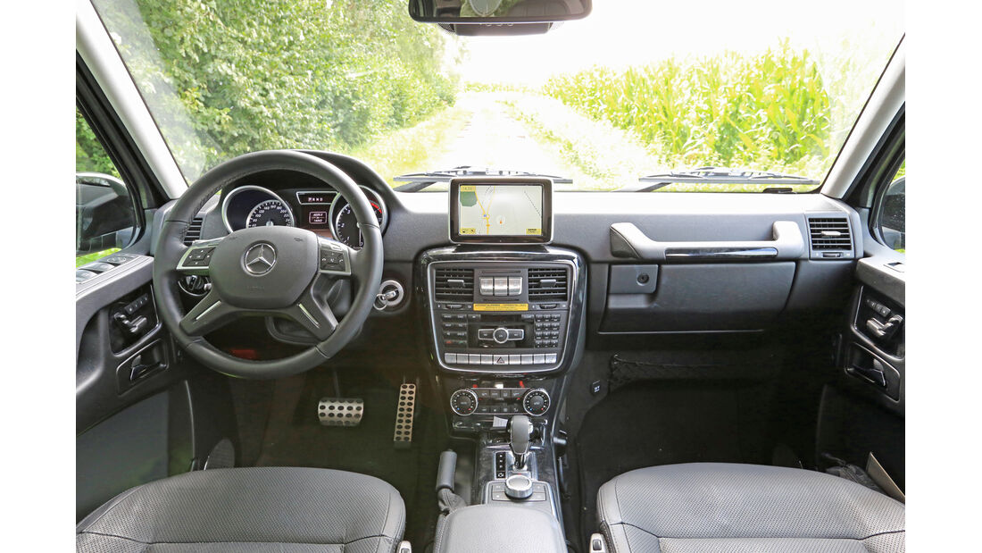 Mercedes G 350 Bluetec, Cockpit