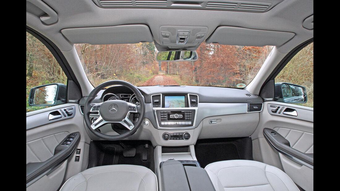 Mercedes GL 350 Bluetec, Cockpit