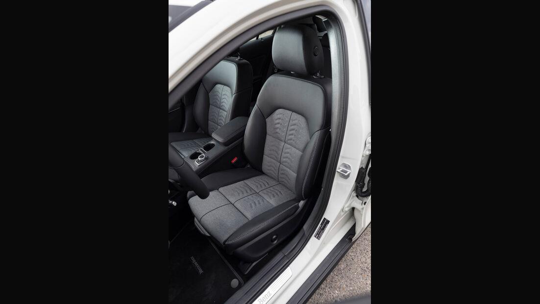 Mercedes GLA 220 4Matic, Fahrersitz