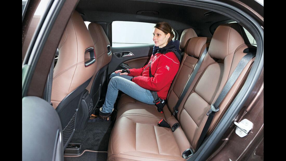 Mercedes GLA 220 CDI 4Matic, Fondsitze