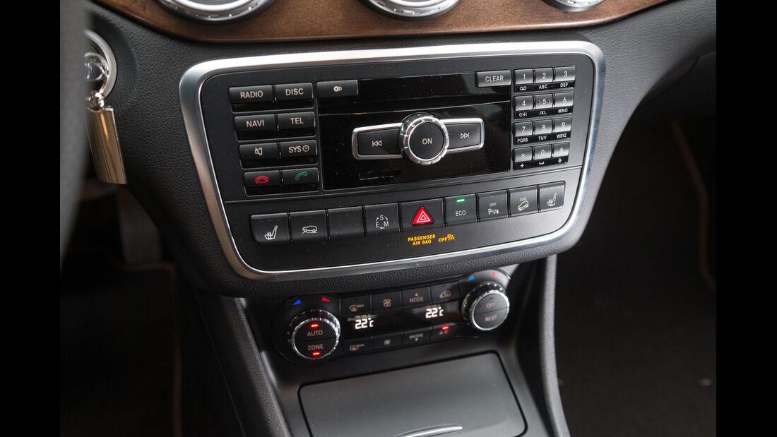 Mercedes GLA 220 CDI 4Matic, Mittelkonsole