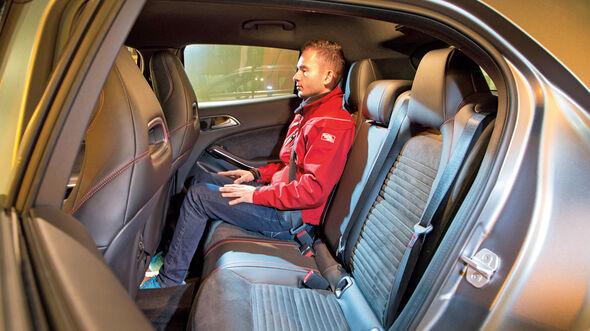 Mercedes GLA 220 d 4Matic, Fondsitze