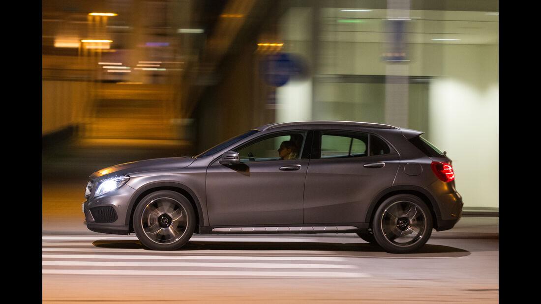 Mercedes GLA 220 d 4Matic, Seitenansicht