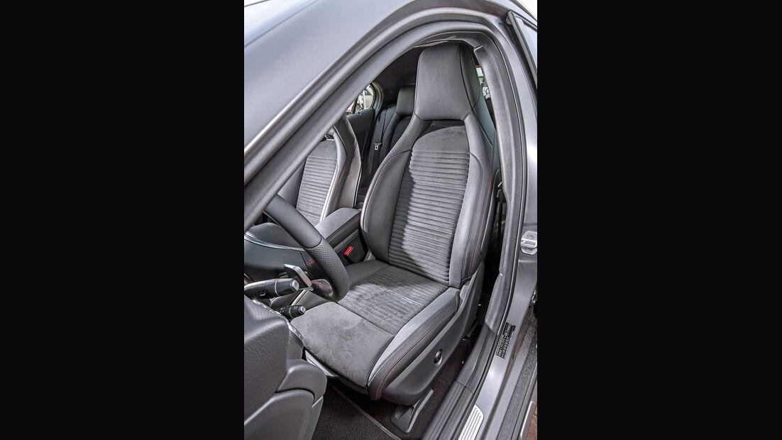 Mercedes GLA 250 4Matic AMG Line, Fahrersitz
