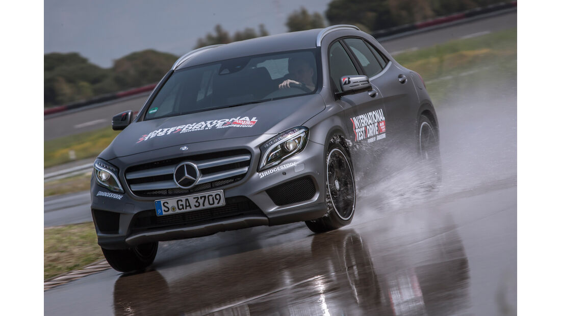 Mercedes GLA 250 4Matic AMG Line, Frontansicht
