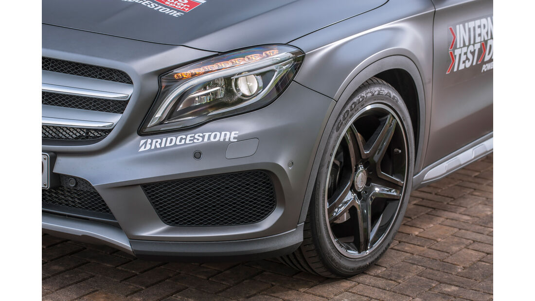 Mercedes GLA 250 4Matic AMG Line, Frontscheinwerfer
