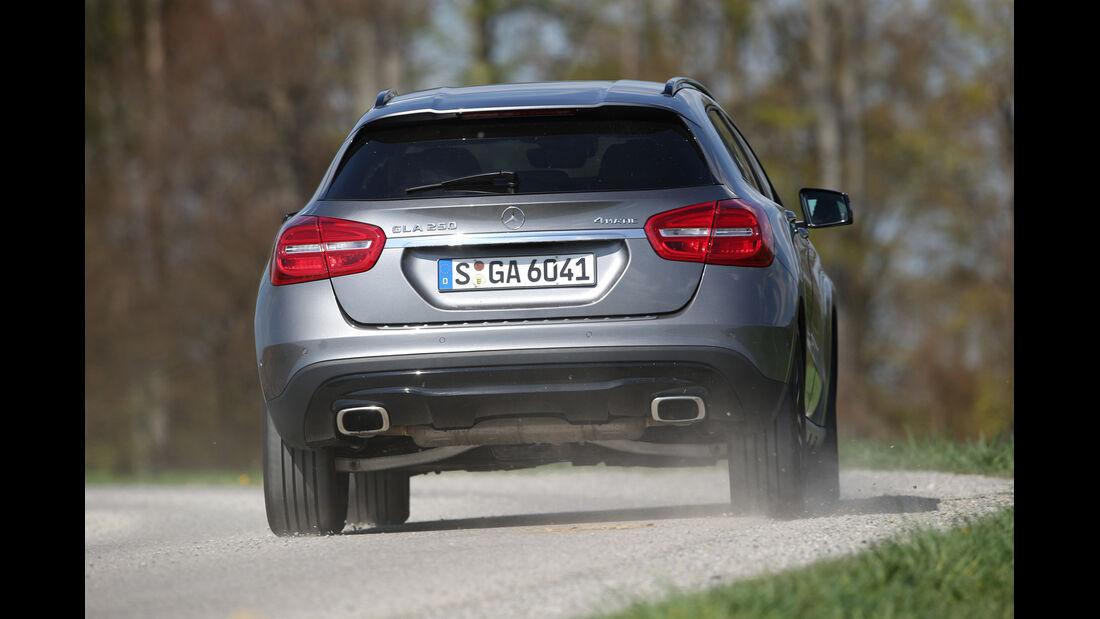 Mercedes GLA 250 4Matic, Heckansicht
