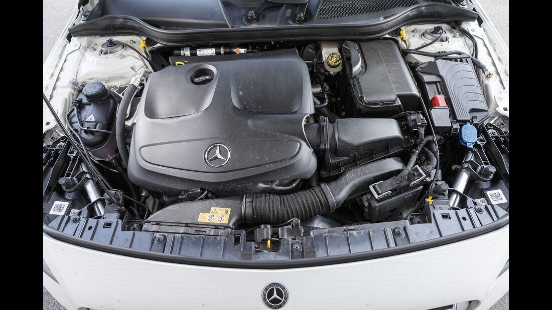 Mercedes GLA 250 4Matic Style, Motor