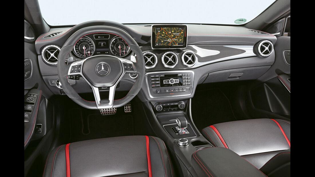 Mercedes GLA 45 AMG, Cockpit