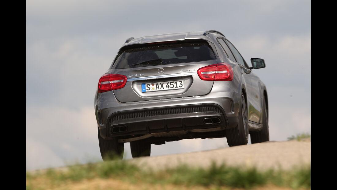 Mercedes GLA 45 AMG, Heckansicht