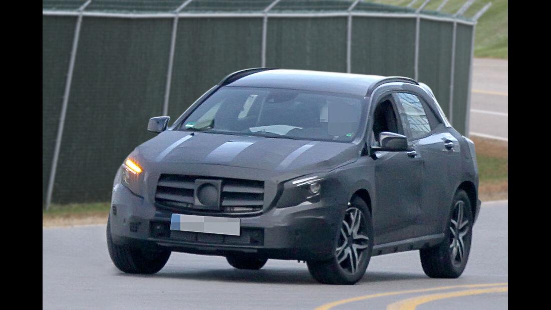 Mercedes GLA Erlkönig